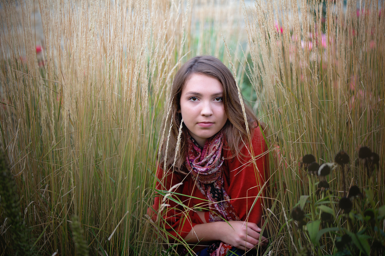 senior-pictures, sycamore-illinois-photographer, geneva-IL-photographer, location