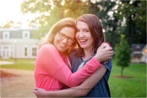 mother-daughter-portraits, senior-year, senior-portraits, portrait-photographer, shining-moments-photography
